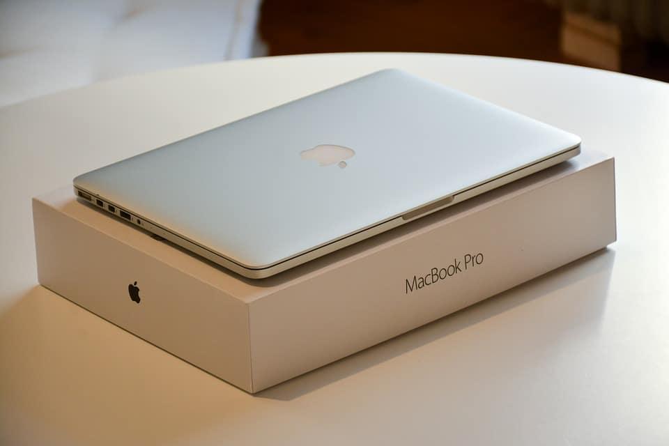 macbook hinge repair delhi